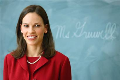 http://www.filmsy.com/wp-content/uploads/2007/01/hilary-swank-freedom-writers-1-25-07.jpg