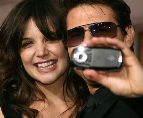 tom cruise and katie holmes. tom-cruise-katie-holmes-love-2