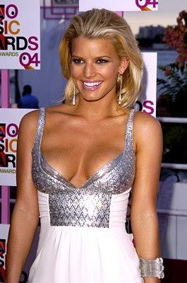 Jessica Simpson Cannot Remember Lines 12 13 2006.jpg