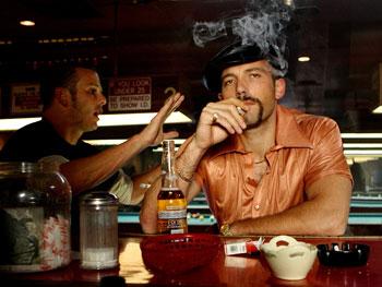 smokin-aces-theater-movie-weekend-1-25-07.jpg