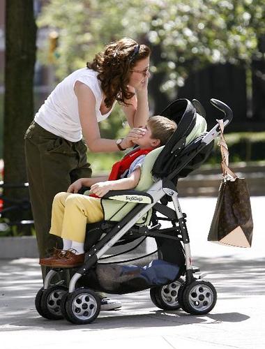 scarlett-johansson-nanny-diaries-4-2-07.jpg